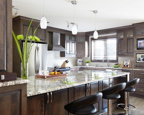 Contemporary cuisine classique kitchen design ideas for Armoires de cuisine simard saint tite des caps