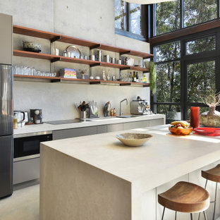 Eclectic kitchen in Sydney.