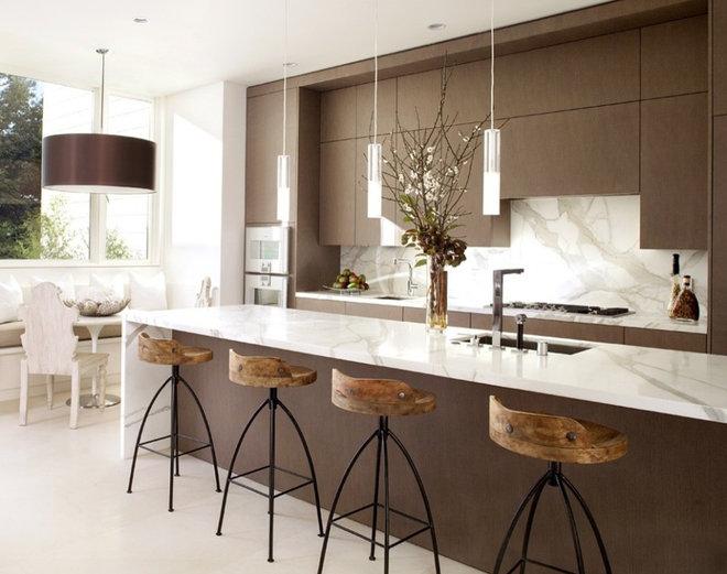 Modern Kitchen by Clayton Gray Home