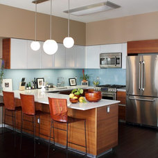Contemporary Kitchen by Natalie Younger Interior Design, Allied ASID