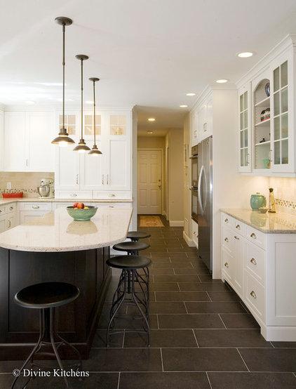 Eclectic Kitchen by Divine Kitchens LLC