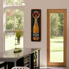 Contemporary Kitchen by Birdseye Design