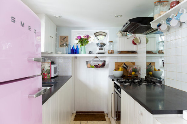 My houzz an small victorian home in sussex is transformed for Interieur maison shabby chic