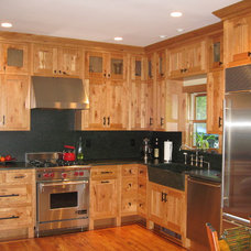 Traditional Kitchen by Cabinet Designers, Inc