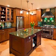 Craftsman Kitchen by Master Remodelers Inc.