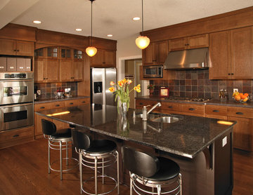 Arts & Crafts Kitchen -  Quartersawn Oak Cabinets