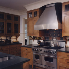 Traditional Kitchen by Taghkanic Woodworking