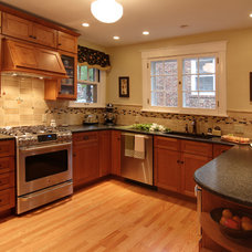 Traditional Kitchen by Mosby Building Arts