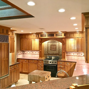 Arts and Crafts Style Custom Kitchen