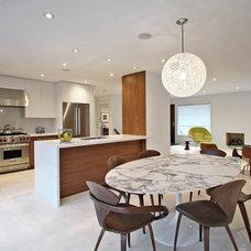 Modern Kitchen by Olympic Kitchens