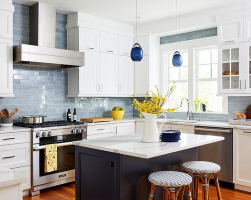 Küchen mit Küchenrückwand in Braun und Rückwand aus Glasfliesen ...