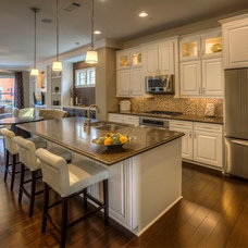 Traditional Kitchen by Ashton Woods