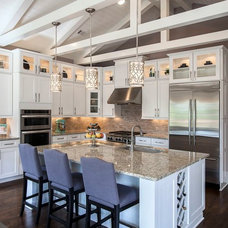 Contemporary Kitchen by Ashton Woods