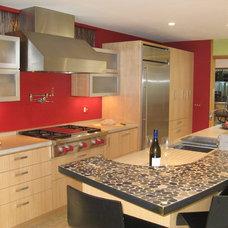 Asian Kitchen by Custom Design/Build, Inc.