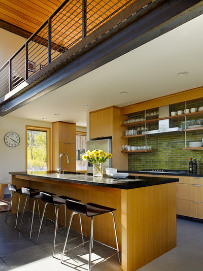 Modern Kitchen by CLB Architects