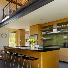 Modern Kitchen by Carney Logan Burke Architects