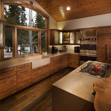 Rustic Kitchen by Spirit Tahoe Interior Design & Gallery