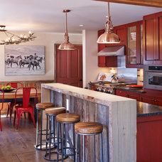 Rustic Kitchen by Laura U, Inc.
