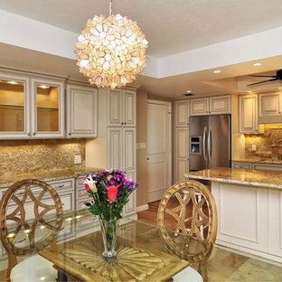 Inspiration for a timeless kitchen remodel in Orlando with granite countertops