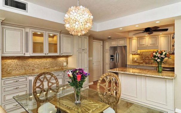 Traditional Kitchen by Floor Decor