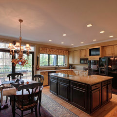traditional kitchen by Gina Fitzsimmons ASID