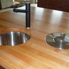 Modern Kitchen by Culinary Hardwoods Ltd.