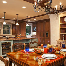 Traditional Dining Room by Harris & Kasten, Inc.