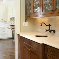 Traditional Kitchen by Live Oak Construction Group, LLC