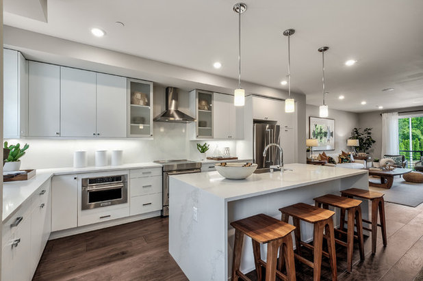 Contemporary Kitchen by Quadrant Homes