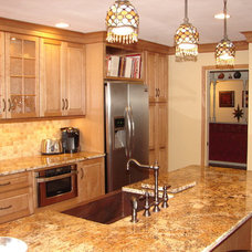 Traditional Kitchen by Lonny at K and B
