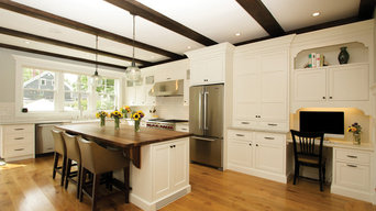 Aurora White Traditional Kitchen