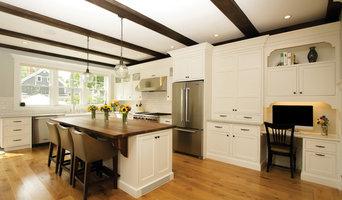 Aurora White Traditional Kitchen