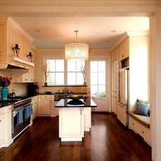 Traditional Kitchen by Mark Austin Building and Remodeling