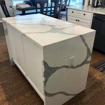 Austin, TX - Forza Vicostone Quartz Counter Tops and Island - Kitchen