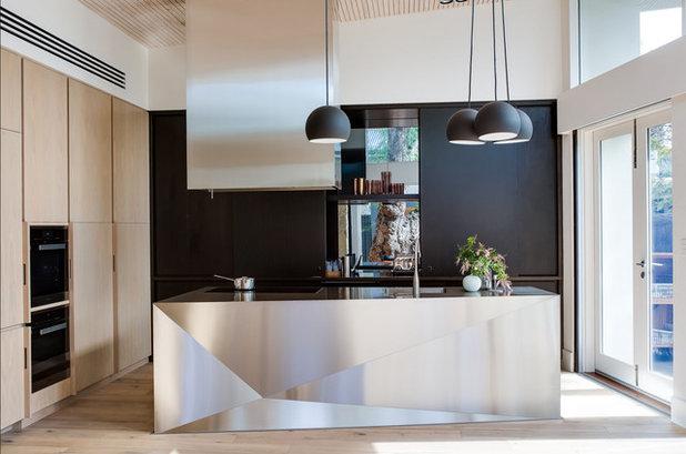コンテンポラリー キッチン by Australian Interior Design Awards