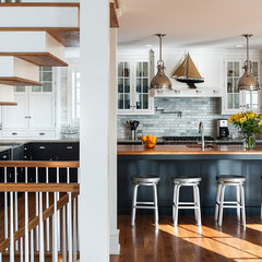 traditional kitchen by Archer & Buchanan Architecture, Ltd.