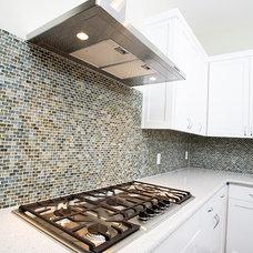 Traditional Kitchen by Gossett Jones Homes