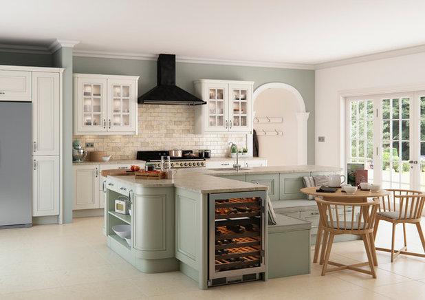 Traditional Kitchen by Kitchen Stori