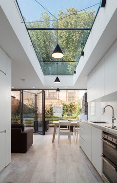 What s the best way to open up your kitchen extension for Whats a terrace house