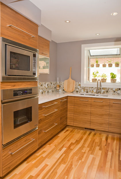 Contemporary Kitchen by Interior Images