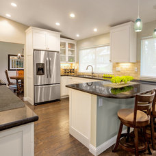 Traditional Kitchen by Gordon Reese Construction Company, Inc.