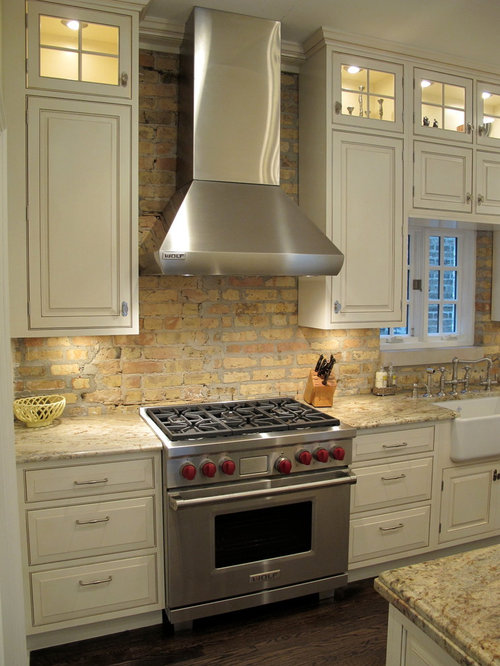 Antique brick backsplash home design ideas pictures for Kitchen units made of bricks