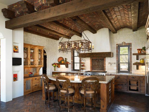 Mediterranean Kitchen by Godden Sudik Architects Inc