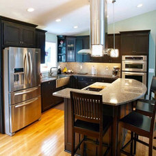 Contemporary Kitchen by B. Dunn Interiors, Inc.