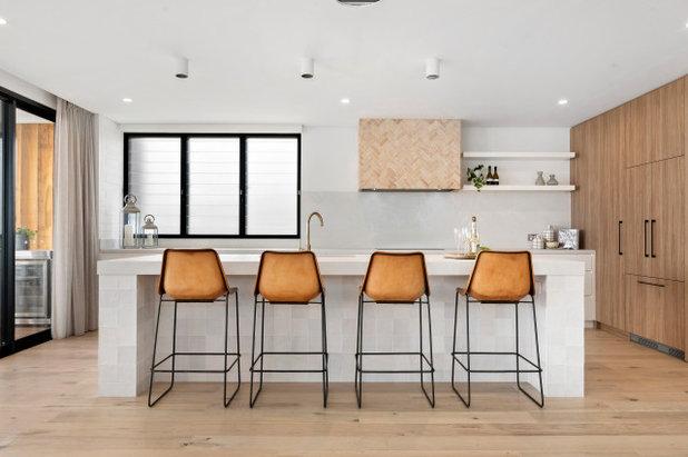 ビーチスタイル キッチン by Osmond McLeod Architects