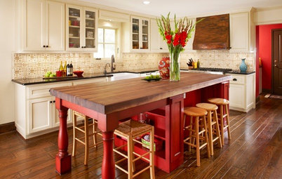 Kitchen of the Week: Big, Bold and Red in Texas