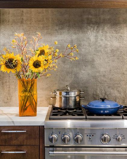 Contemporary Kitchen by Annie Hall Interiors
