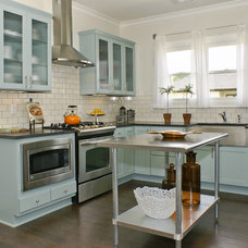 Traditional Kitchen by Signature Homes
