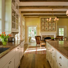 Farmhouse Kitchen by Neumann Lewis Buchanan Architects