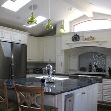 Traditional Kitchen by Pacifica Tile and Granite Inc.